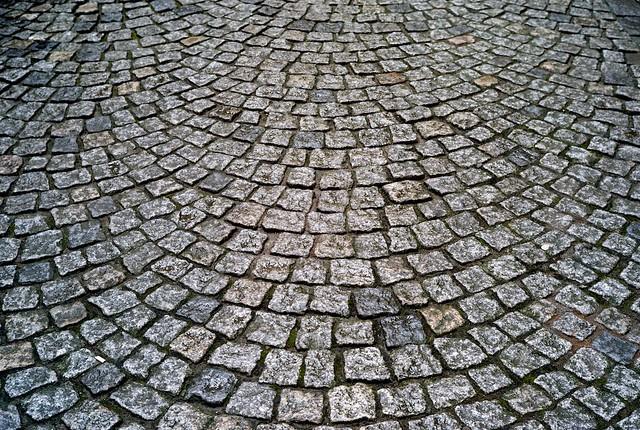 石畳、きれいだな。