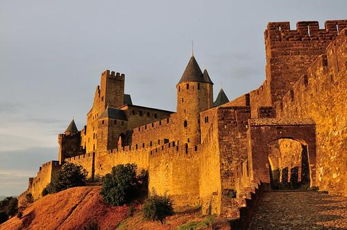 sunset france gate europe unescoworldheritagesite unesco citywalls walls carcassonne châteaucomtal d300s 1685mmf3556gvr 1685mmvr audegate
