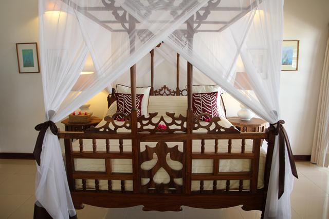 Zanzibar style bed