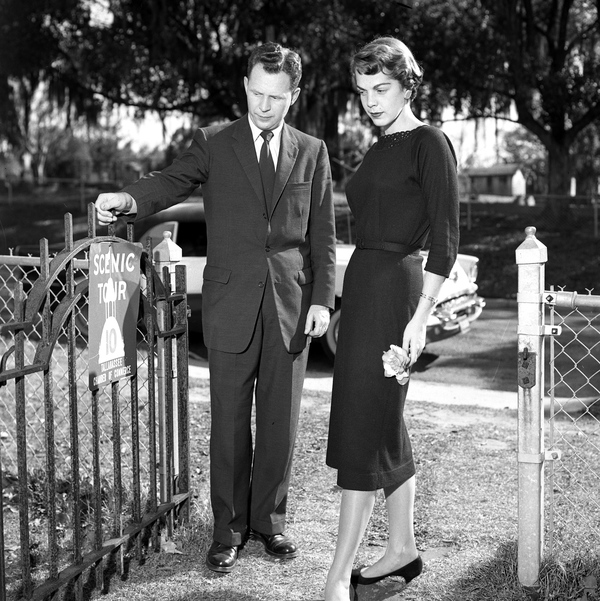 Unidentified couple visiting the Murat tombs in Tallahassee, Florida