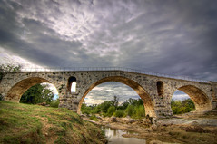 Pont Romain (Roman Bridge)