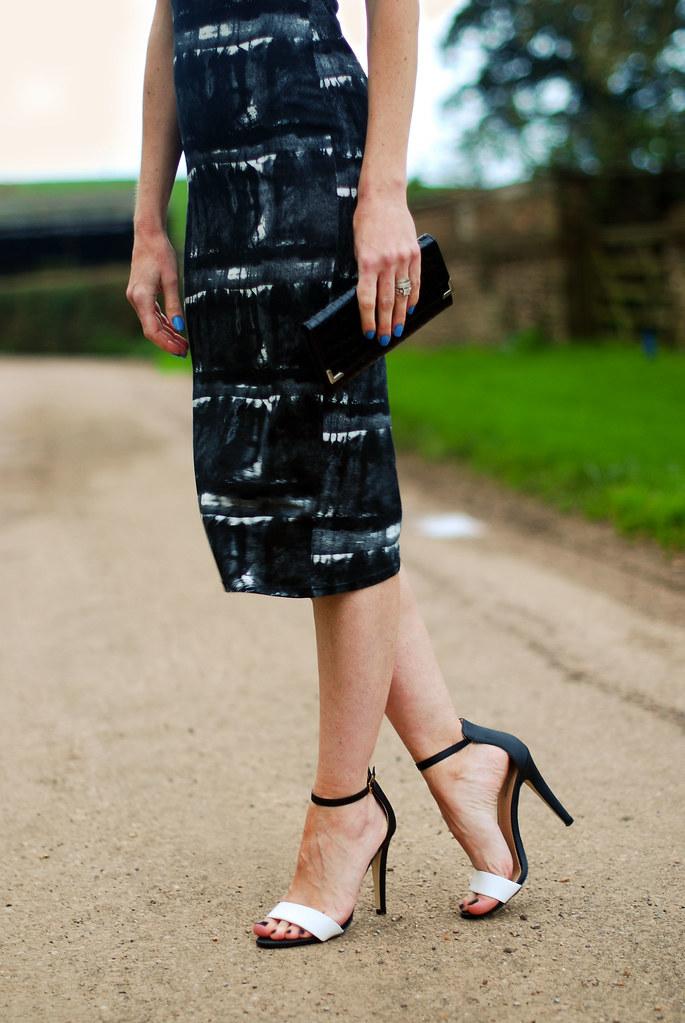 Black & white print dress & strappy heels