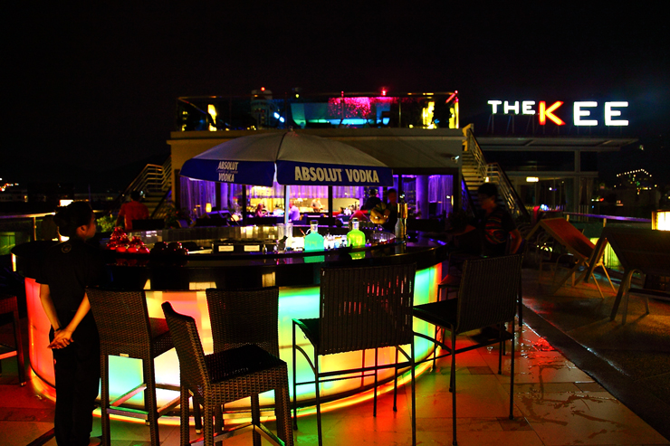 The-KEE-Sky-Lounge