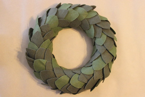 Felt wreath - Unfinished