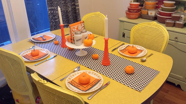 Table settings for Halloween