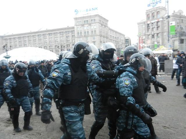 Беркут после неудачного штурма Майдана