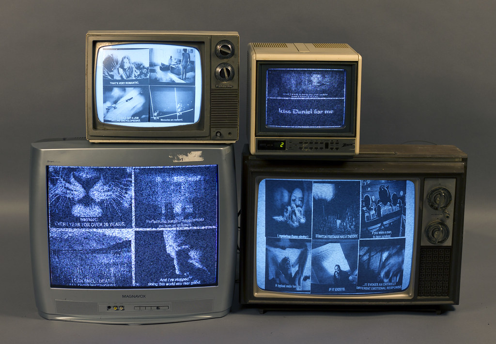 """Billy Golden Kiss Daniel For Me 40"""" x 30"""" x 20"""" Photography, Television Sets 2013"""
