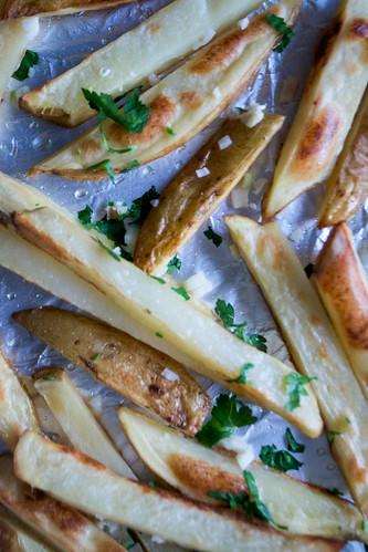 garlic and parsley chips