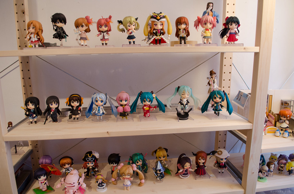 Figure display shelves
