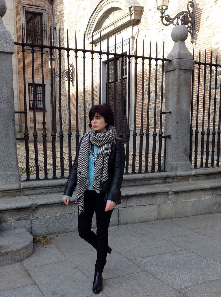 Madrid, España, Palacio Real - Outfit of the Day - OOTD