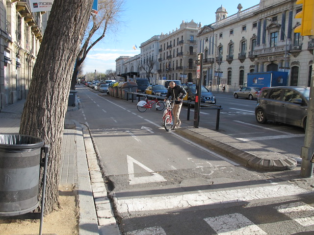 Segregated cycle lane in Barcelona
