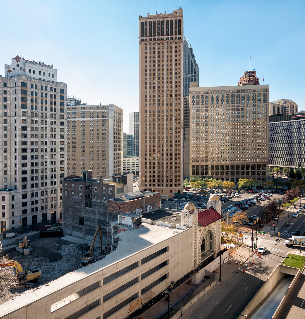 Cadillac Hotels Michigan: Holiday Inn Express Hotel & Suites Detroit-Downtown Map