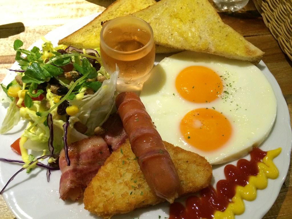 小確幸人氣早午餐推薦 – 巴和奈野 illy Cafe