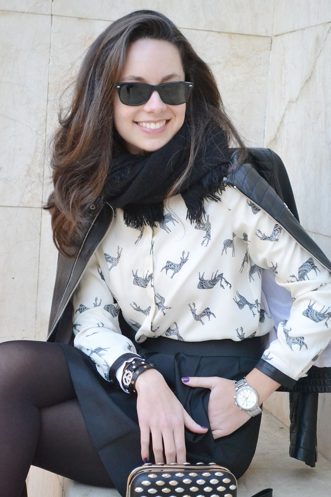 Camisa de renos con detalles en polipiel