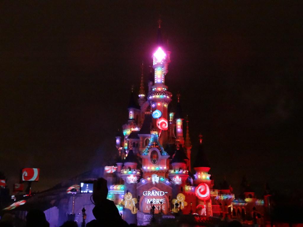 Un séjour pour la Noël à Disneyland et au Royaume d'Arendelle.... - Page 4 13709741733_1873aeb186_b