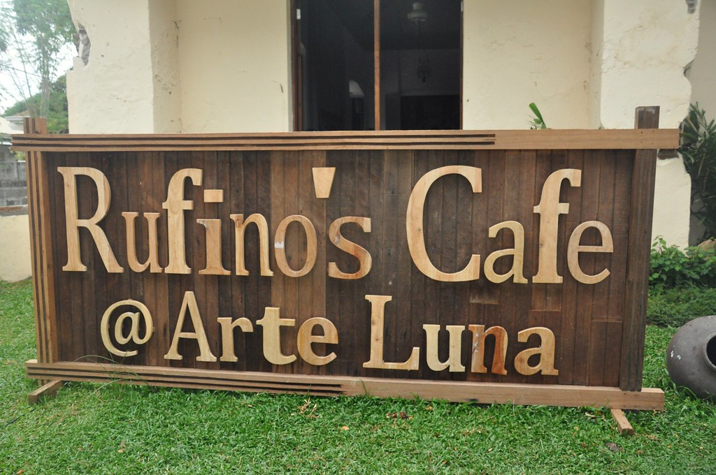 Rufino's Cafe