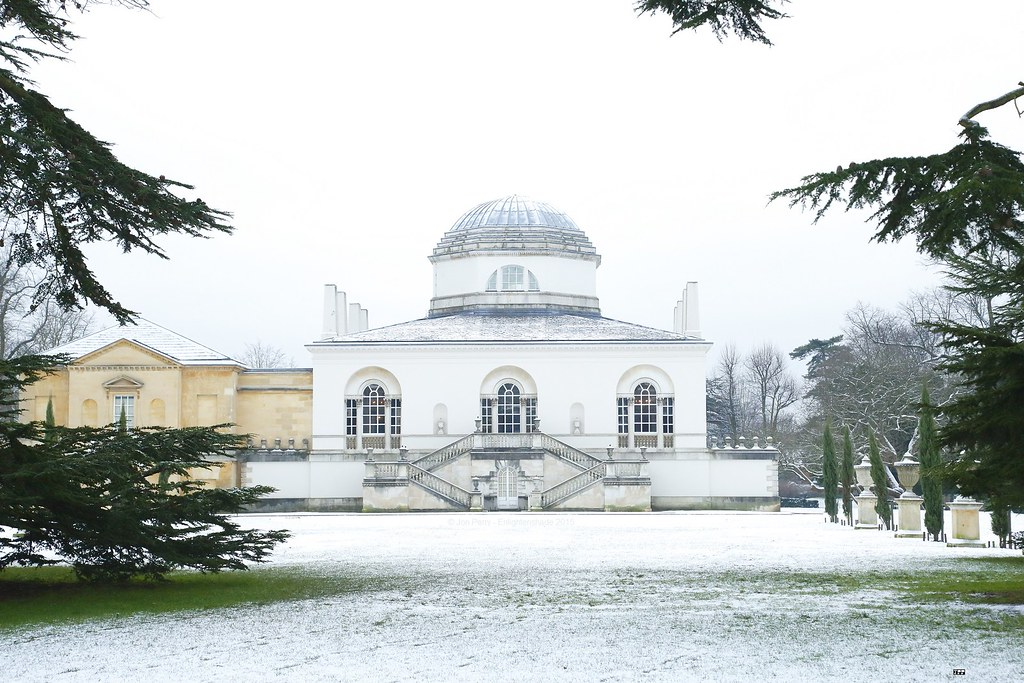 _C0A4403R Chiswick House Snow Scene, Jon Perry - Enlightenshade, 3-2-15 zah