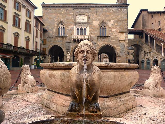 Piazza Vecchia (Bérgamo)