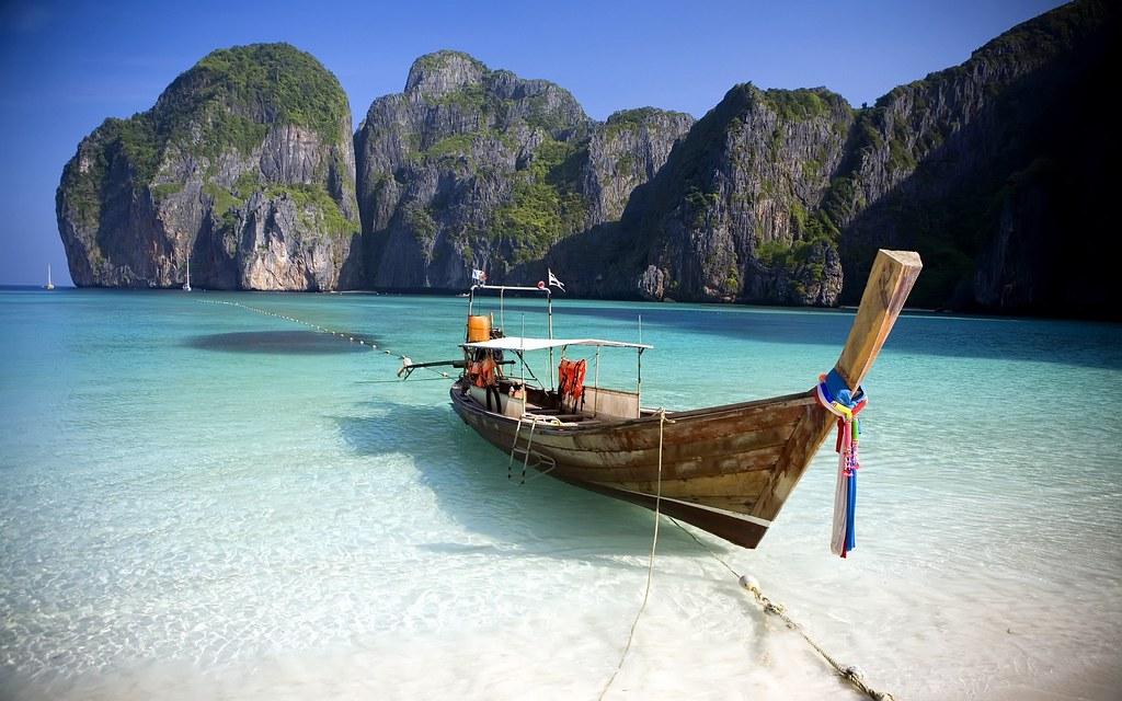 Phi Phi Island Beach | WallpaperDownload.info