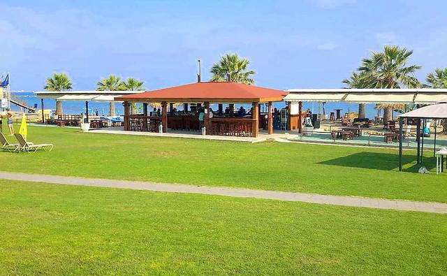 Пляж Атлантида. Пляжи Кипра а городе Пафос
