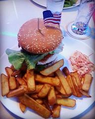 Hamburger BBQ double - Photo of Saint-Jean-Kourtzerode