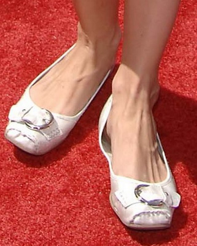 Debby Ryan Sexy Feet - a photo on Flickriver