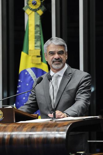 07/05/13 | Em discurso no Plenário do Senado Federal, Humberto Costa do PT/PE. Foto: Pedro França / Agência Senado.