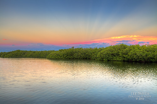 A Key Largo Sunrise by smittysholdings