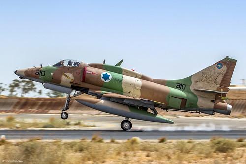 A-4 Skyhawk forever! © Nir Ben-Yosef (xnir)