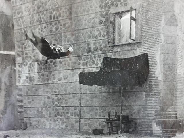 Ildebrando Rodríguez en una escena de doblaje de Michael York en Toledo en la película Los Tres Mosqueteros