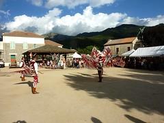 Lancers de drapeaux par les Sbandieratori de Volterra