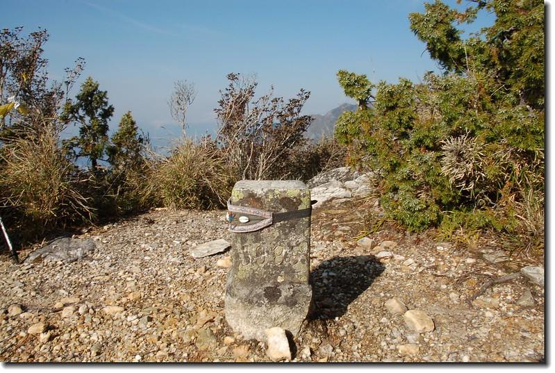 帕托魯山三等三角點(#5985 Elev. 3101 m)