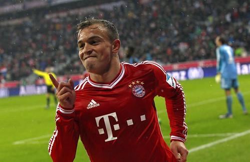 131214_GER_Bayern_Muenchen_v_HSV_SUI_Shaqiri_celebrates