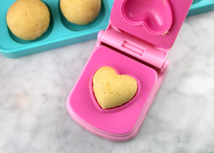 Cake Pops Heart Mold