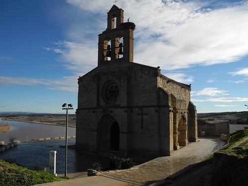 Castronuño. Iglesia