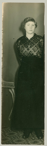 Woman in trimmed photograph