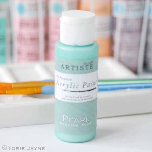 Frosted Mint Pearl Acrylic paint