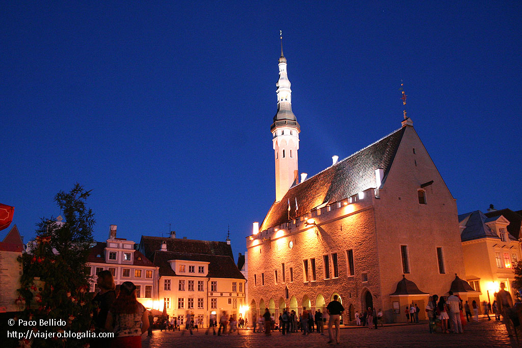 Ayuntamiento de Tallinn. © Paco Bellido, 2005