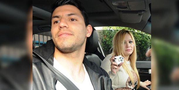 Kun Agüero y Karina
