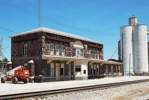 railroad station missouri depot audraincounty chicagoburlingtonquincyrailroad gulfmobileohiorailroad chicagoaltonrailraod