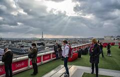 2013 04 05 Paris Marathon Runners and Fans