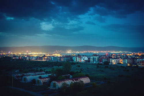 longexposure travel light vacation sky night clouds lights trail bulgaria sunnybeach vignette blacksea nesebar 30mm bulgarien nessebar primelens blackseacoast nesebur svartahavet sonyslta57 solnessebarpalace