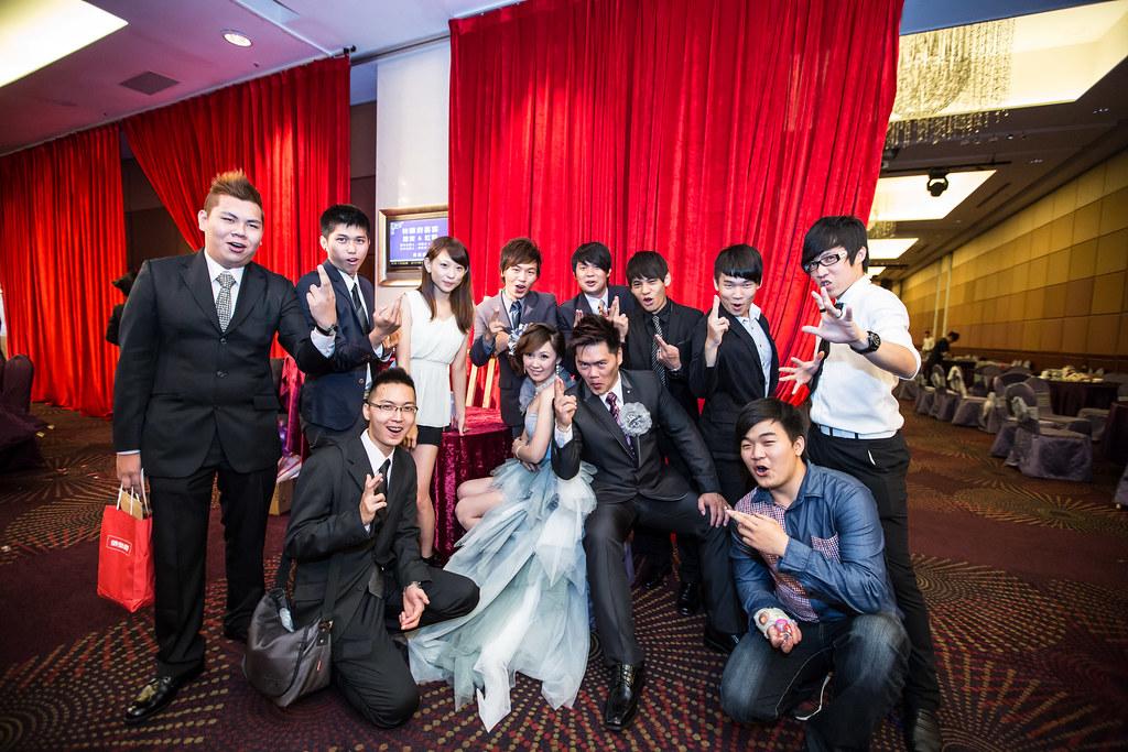 wedding0504-652.jpg