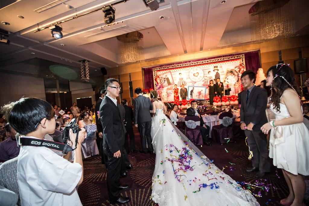 wedding0504-371.jpg