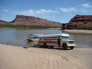 37 Bus en boot