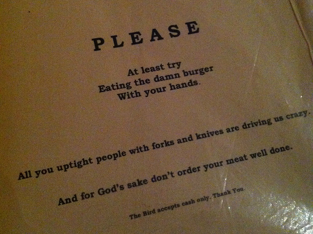 berlin_thebird_menu_burger_eat_with_hands
