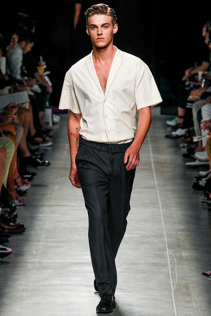 Robbie Wadge3648_SS14 Milan Bottega Veneta(vogue.co.uk)
