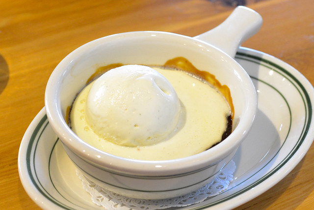 INDIAN PUDDING classic new england cornmeal and molasses pudding with vanilla ice cream