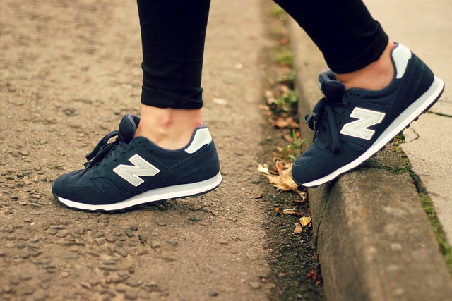 Navy New Balance Trainers