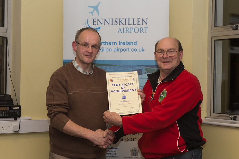 Rodney Spencer receiving his B-Cerrtificate Fxed Wing